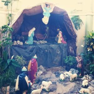 Presépio aguardando a chegada do Menino Jesus no Natal