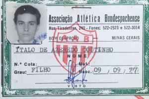 Foto 3x4 do José Pedro, tirada em 1994, para carteirinha da AAB